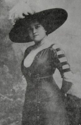 Portret Emilii Sukertowej-Biedrawiny